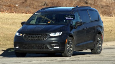Photo of Chrysler's New 2021 Pacifica Hits The Streets Showing Off Its New Styling: