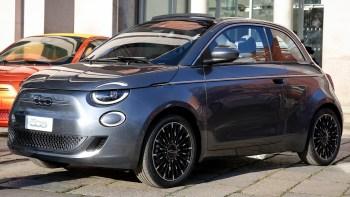"""The New Fiat 500 """"la Prima"""" Launch Edition. (FIAT)."""