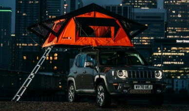2020 Jeep® Renegade Limited 4xe with TentBox. (Jeep).