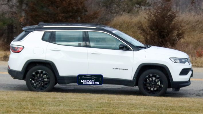 2022 Jeep® Compass Limited. (MoparInsiders).