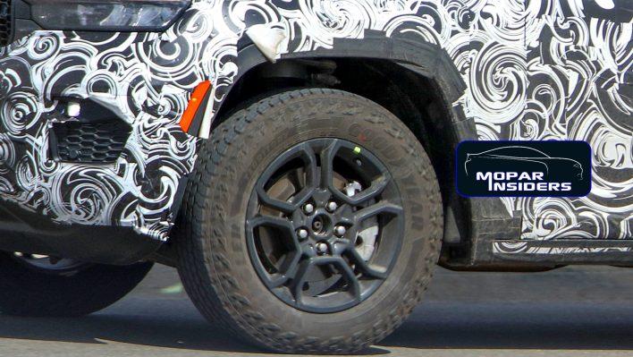 2022 Jeep® Grand Cherokee Trailhawk (WL74). (MoparInsiders).