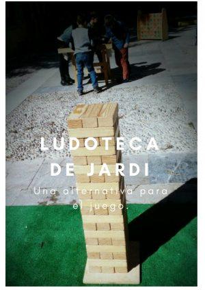 Jugando con Ludoteca de Jardí.
