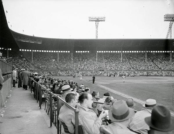Maple-Leaf-Stadium-1B-Line