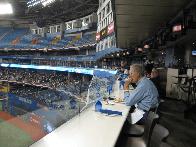 Closest Restaurants Rogers Centre