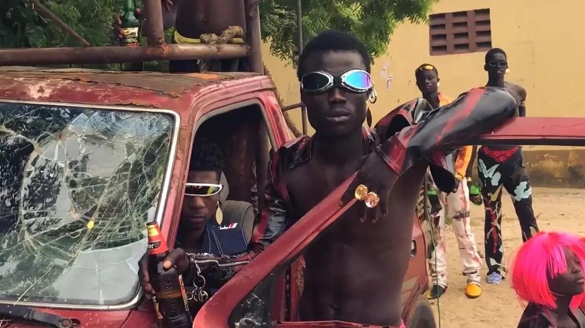Dàfe Oboro: El cineasta nigeriano que desafía la masculinidad tóxica con transgresión