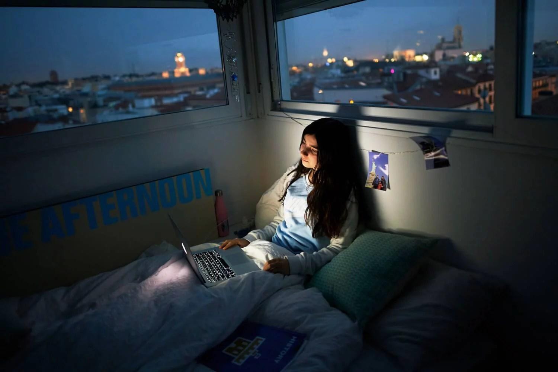 Mayor uso de la tecnología en adolescentes no conlleva a una peor salud mental, según estudio