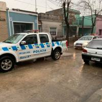 Tres delincuentes rapiñaron una distribuidora