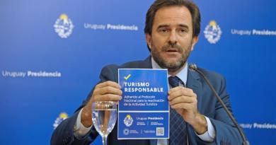 """Piden la renuncia de Cardoso y que Fiscalía lo cite a declarar: """"Eso es corrupción"""""""