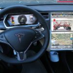 Tesla Rolling Out Autopilot Software Updates to 1,000 Cars – Bloomberg