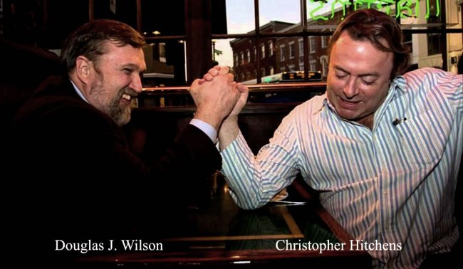 Douglas Wilson and Christopher Hitchens arm wrestling
