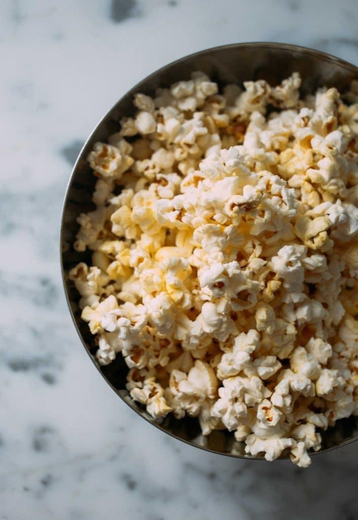 pop-corn - l'une des nombreuses idées de collations zéro déchet