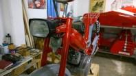 Aggiunti fanale anteriore, clacson e sospensioni - Headlight, horn and swingarm suspensions added