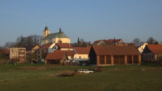 Pohled na kostel v Kelči.