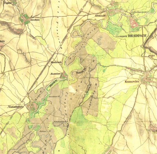 Řeka Morava u Nedakonic.