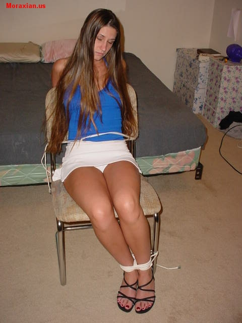 Alissa Chair Tied