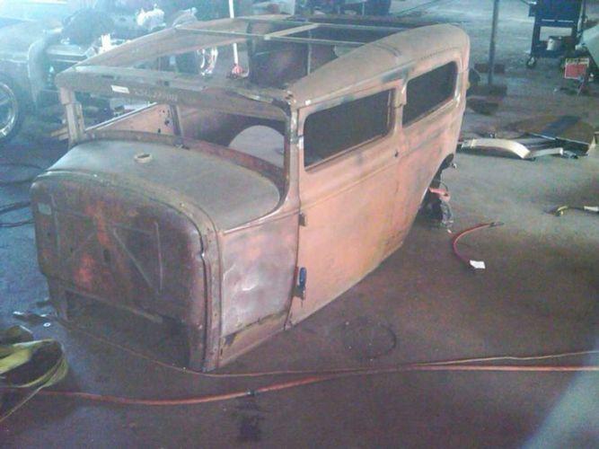 Green 31 Sedan 03