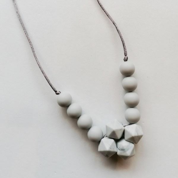 Collar de lactancia Stone Mordisquitos