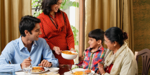 Advice for parents facing Thanksgiving with a child who is in recovery from Anorexia Nervosa – by Tracy Brown, RD
