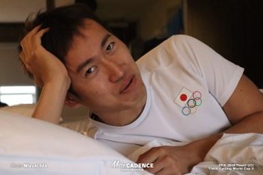 海外遠征時、代表チームの部屋ってどんな所?脇本雄太選手のお部屋へ潜入!!