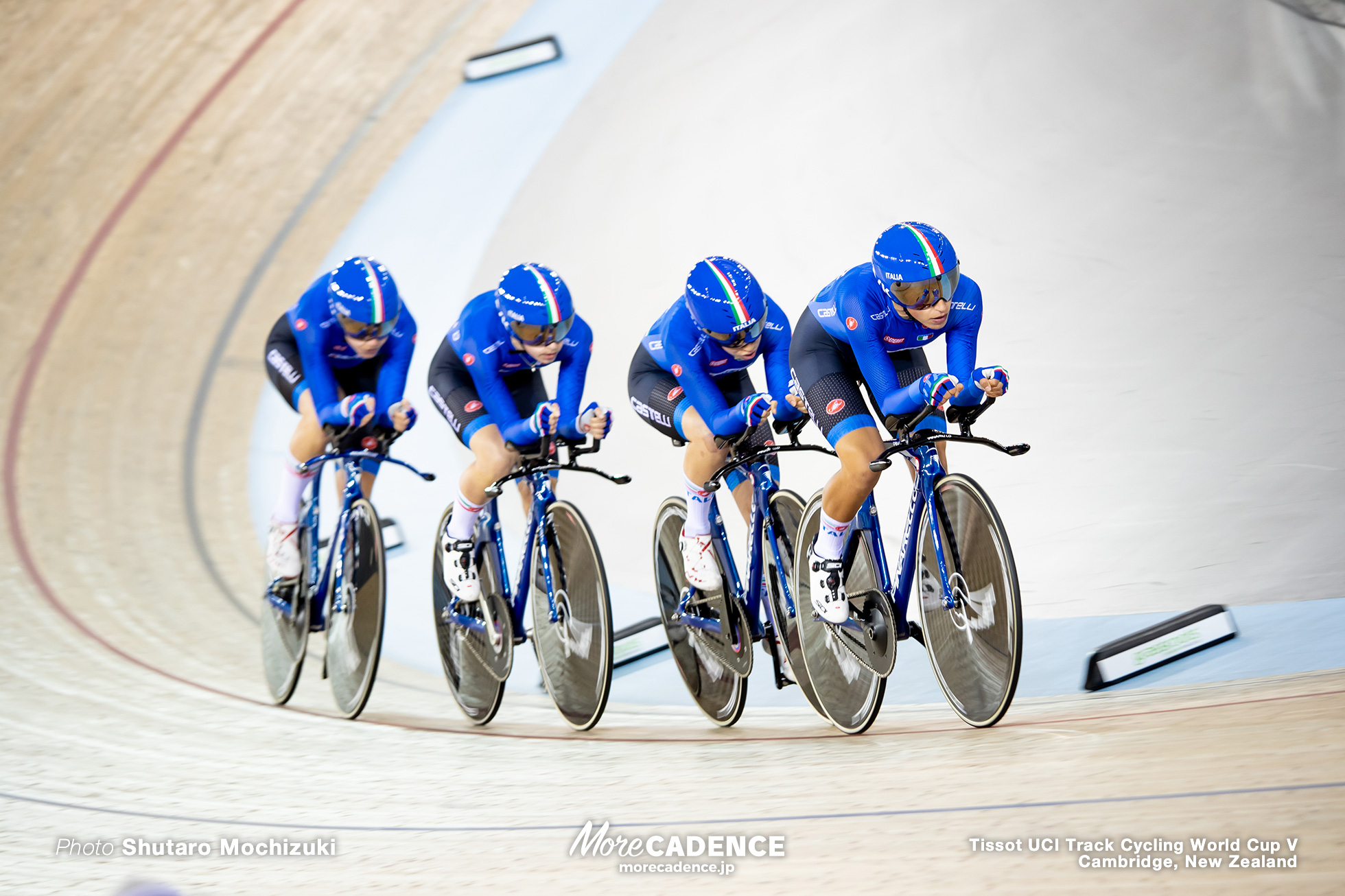 Final / Women's Team Pursuit / Track Cycling World Cup V / Cambridge, New Zealand