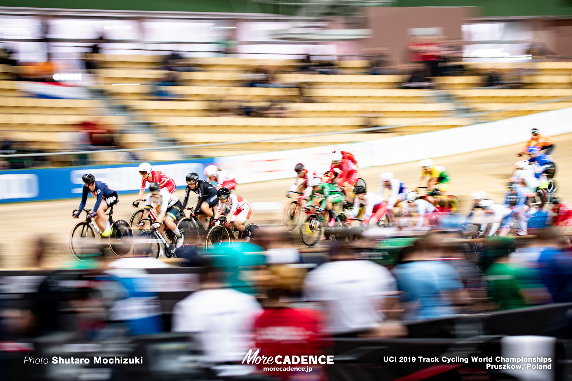 Women's Omnium Scratch Race / 2019 Track Cycling World Championships Pruszków, Poland