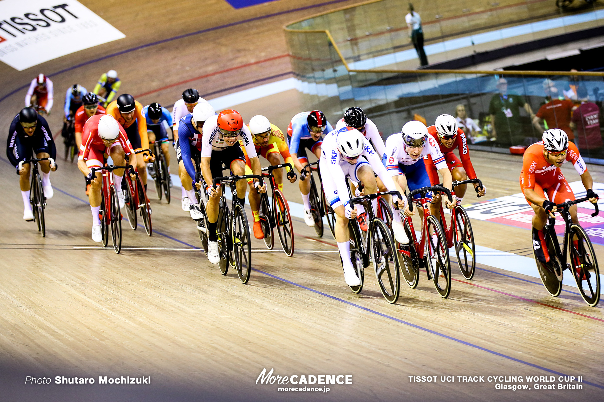Scratch Race / Men's Omnium / TISSOT UCI TRACK CYCLING WORLD CUP II, Glasgow, Great Britain