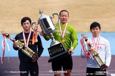 日本競輪選手養成所第117・118回卒業記念レース、ゴール直前で伸びた青柳靖起(佐賀)男子決勝を制す