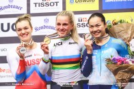 Emma Hinze, Final / Women's Sprint / 2020 Track Cycling World Championships, Emma Hinze エマ・ヒンツェ, Anastasiia Voinova アナスタシア・ボイノワ, Lee Wai Sze リー・ワイジー 李慧詩