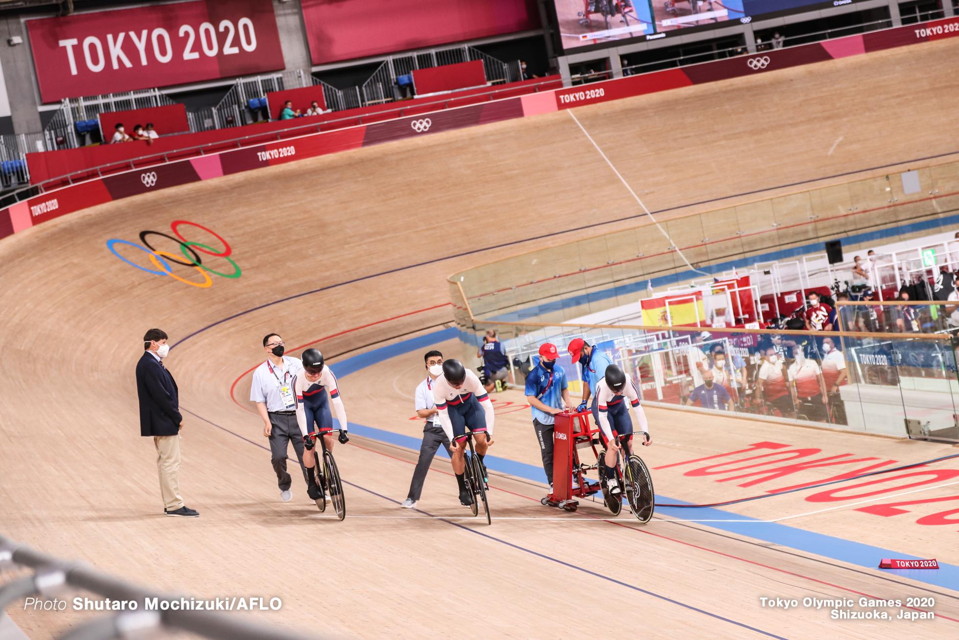 イワン・グラディシェフ Ivan Gladyshev (ROC), デニス・ドミトリエフ Denis Dmitriev (ROC), パべル・ヤクシェフスキー Pavel Yakushevskiy (ROC), Men's Team Sprint Final 5-6 AUGUST 3, 2021 - Cycling : during the Tokyo 2020 Olympic Games at the Izu Velodrome in Shizuoka, Japan. (Photo by Shutaro Mochizuki/AFLO)