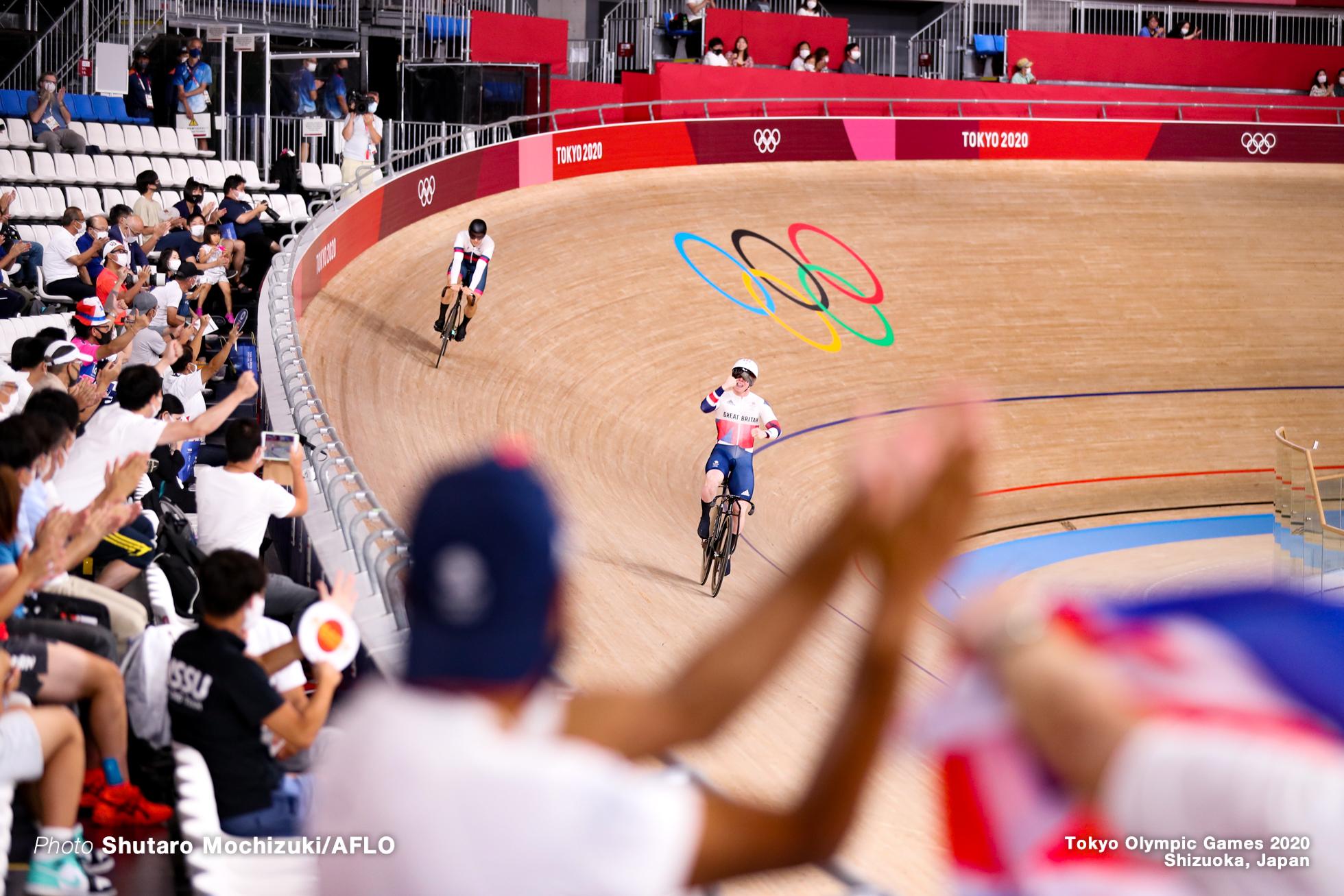 ジャック・カーリン Jack Carlin (GBR), デニス・ドミトリエフ Denis Dmitriev (ROC), Men's Sprint Final for BronzeAUGUST 6, 2021 - Cycling : during the Tokyo 2020 Olympic Games at the Izu Velodrome in Shizuoka, Japan. (Photo by Shutaro Mochizuki/AFLO)