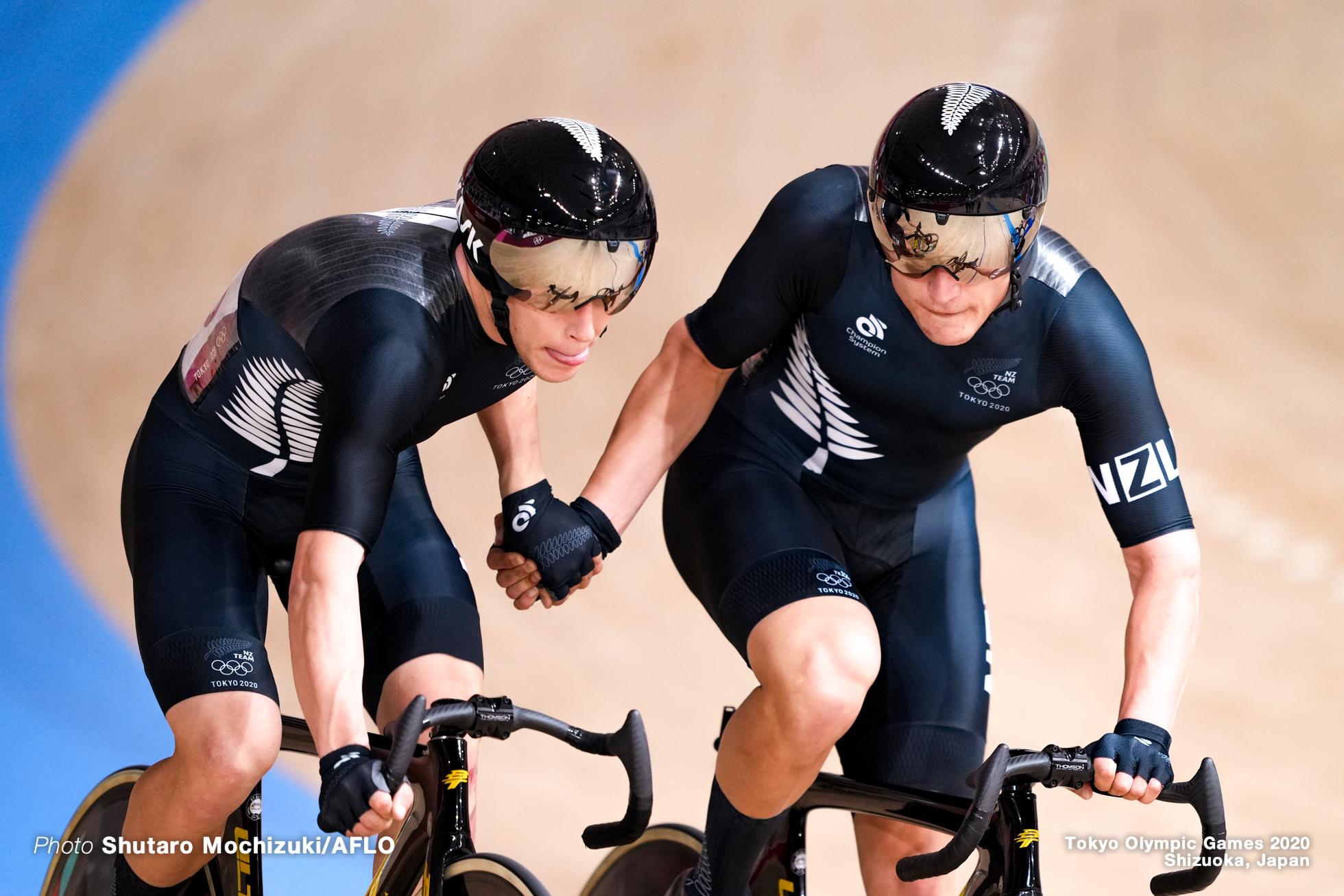 キャンベル・スチュワート Campbell Stewart (NZL), コービン・ストロング Corbin Strong (NZL), Men's Madison AUGUST 7, 2021 - Cycling : during the Tokyo 2020 Olympic Games at the Izu Velodrome in Shizuoka, Japan. (Photo by Shutaro Mochizuki/AFLO)