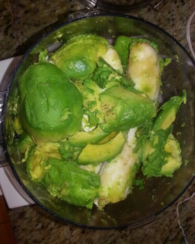 Place the avocados and bananas in a food processor.