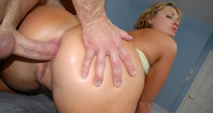 flower-tucci-pictures4