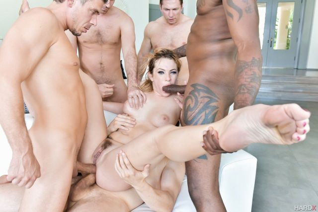 Dahlia-Sky-Gang-Bang-Me-double-anal-and-blowjob