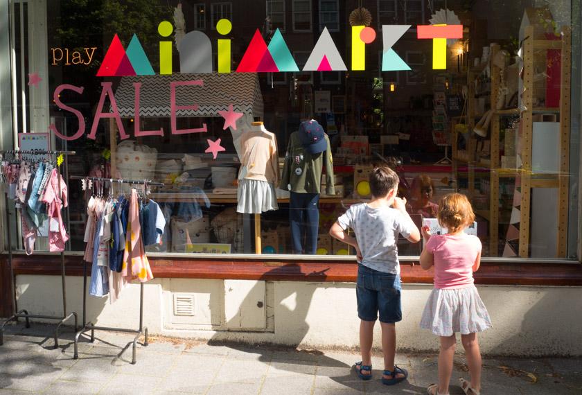Amsterdam-mit-Kindern-Kinder-Concept-Store-Minimarkt