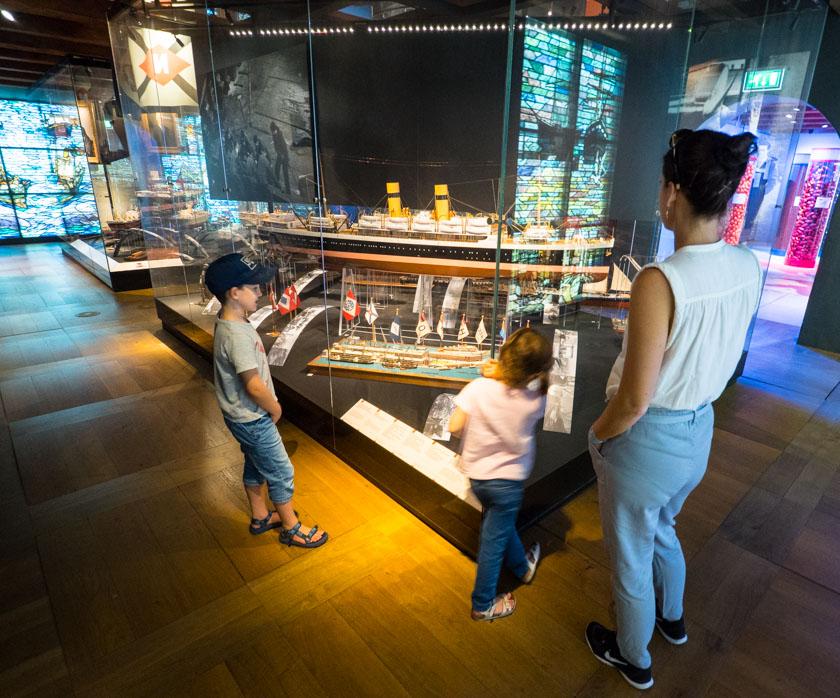 Amsterdam-mit-Kindern-Schiffahrtsmuseum