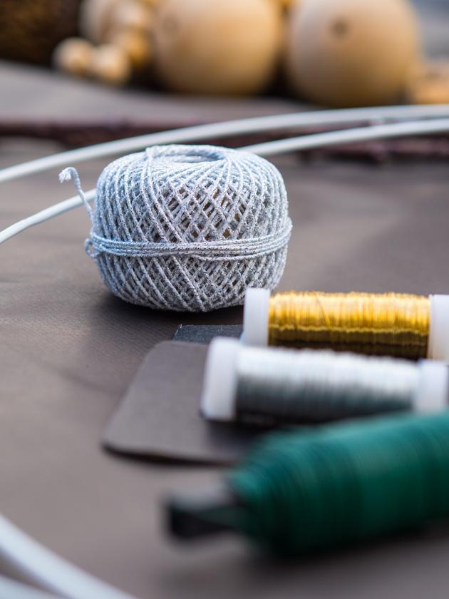 DIY Kränze binden mit Naturmaterialien Schnurr und Draht