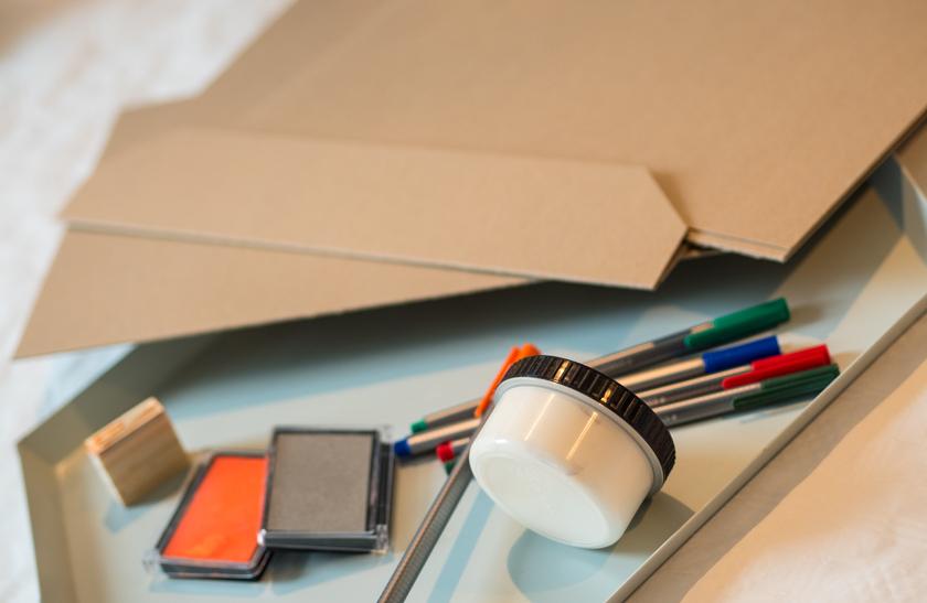 diy weihnachtskarten mit fingerabdruck schneem nnern. Black Bedroom Furniture Sets. Home Design Ideas