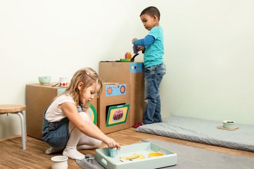 Tipps für Mamas und Kinder_Kinder Küche aus Pappkarton