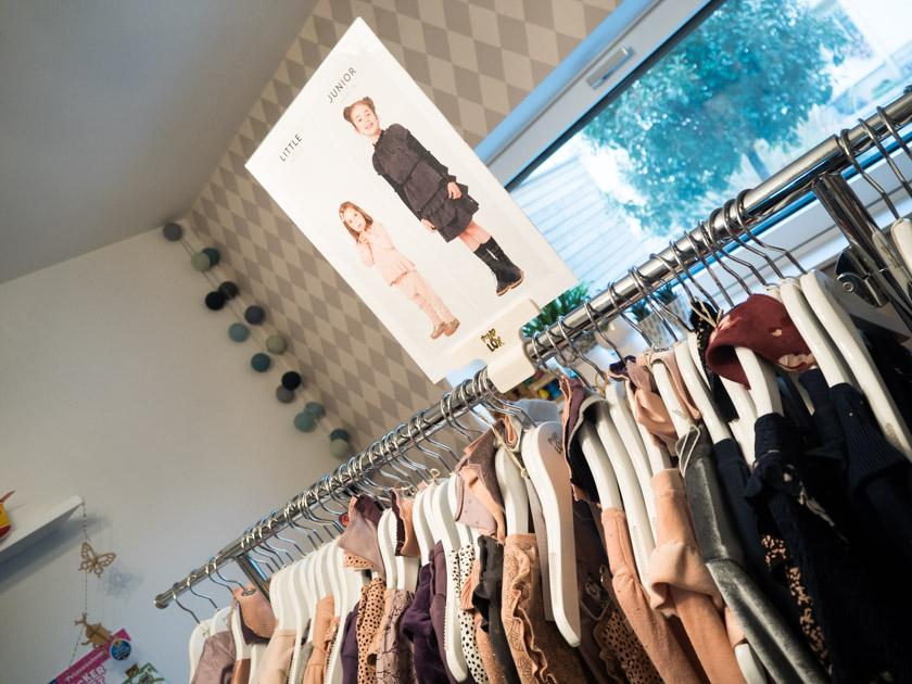 Pompdelux Home Shopping_Kleidung nach Größen sortiert