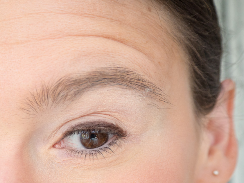 5 Minuten Mama Tages Make up_Eyeliner auftragen