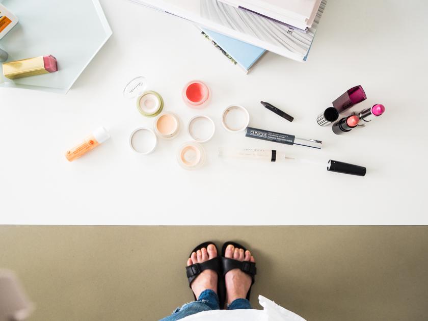 Fingerfarben für Mama – dieses 5 Minuten Mama Tages-Make-up verleiht auch dir den GLOW
