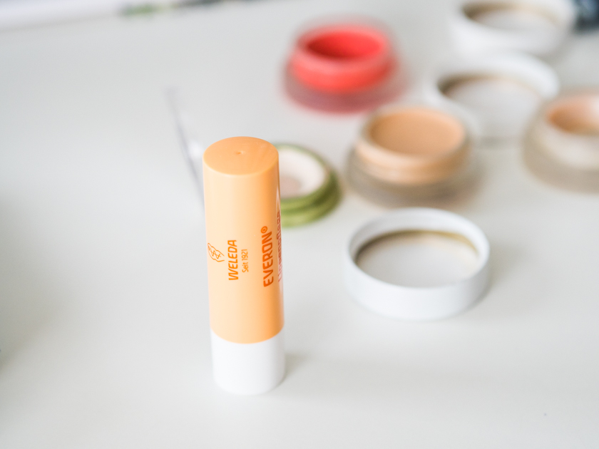 5 Minuten Mama Tages Make up_Lippenpflege Weleda