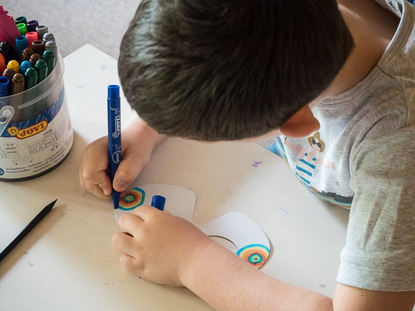 Tipps für einen entspannten Familienurlaub_Kinder basteln