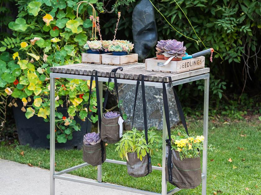 Gartenträume für Familien_Garten Tröge Werkzeug