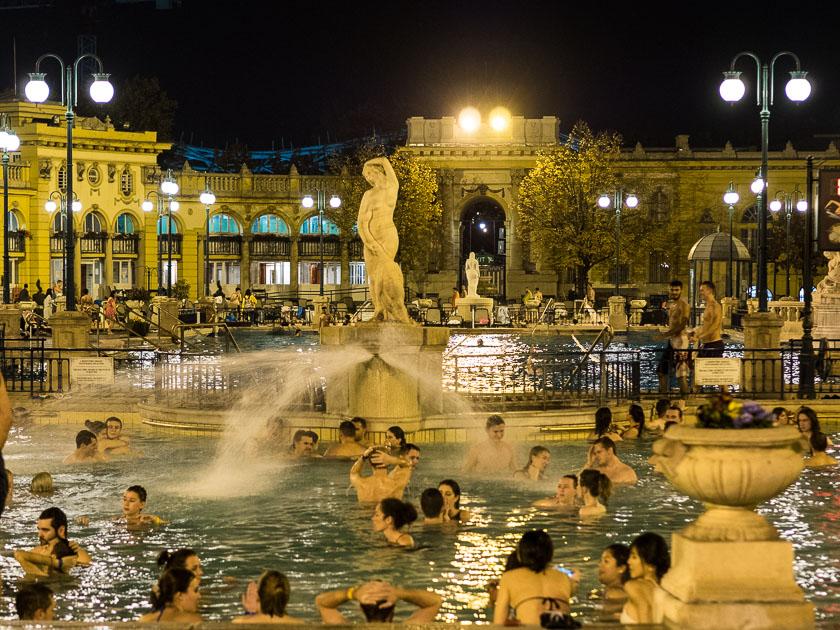 Budapest Guide mit Kindern_Szechenyi Therme