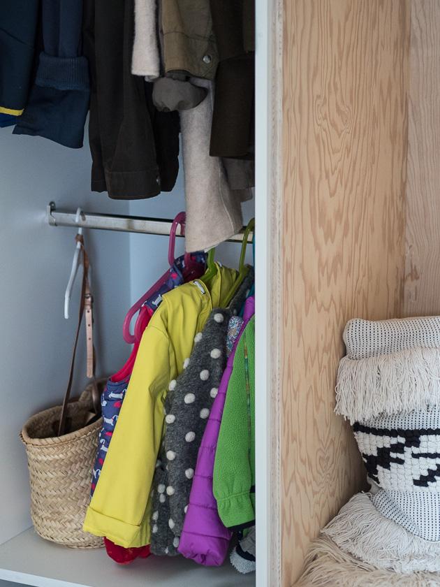 Garderobe für Familien_Innenleben Schrank