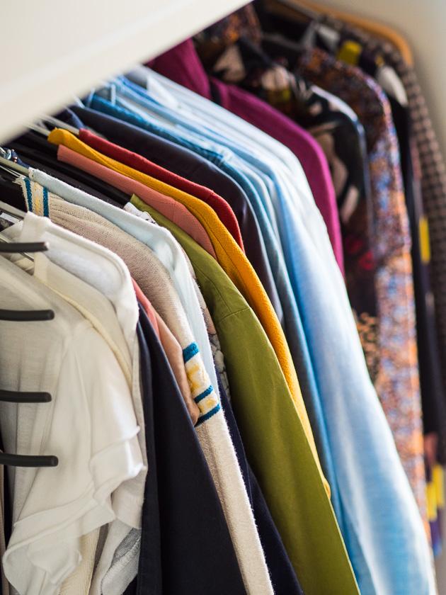 Aufräumen, aussortieren und nachhaltig Ordnung halten_Ordnung im Kleiderschrank