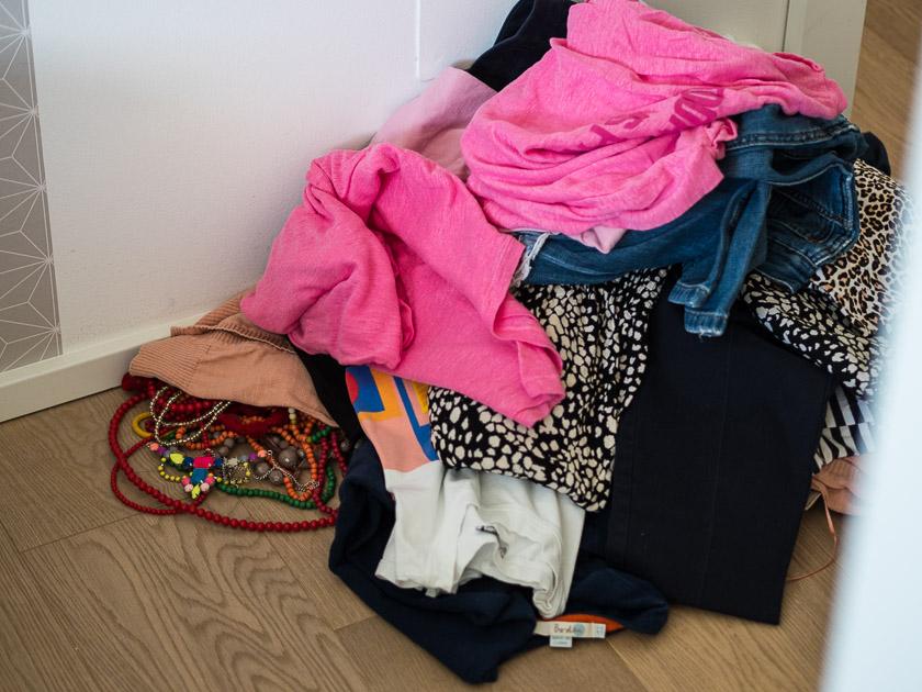 Aufräumen, aussortieren und nachhaltig Ordnung halten_Kleiderschrank ausmisten