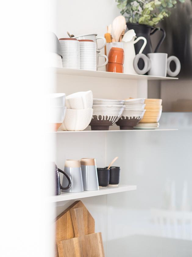 Familien-Küchen-Organisation leicht gemacht_Küchenregale